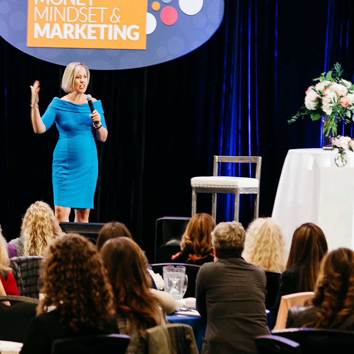 Laura Tucker Speaker Speaking Leadership Coach Free Your Inner Guru Podcast 1x1