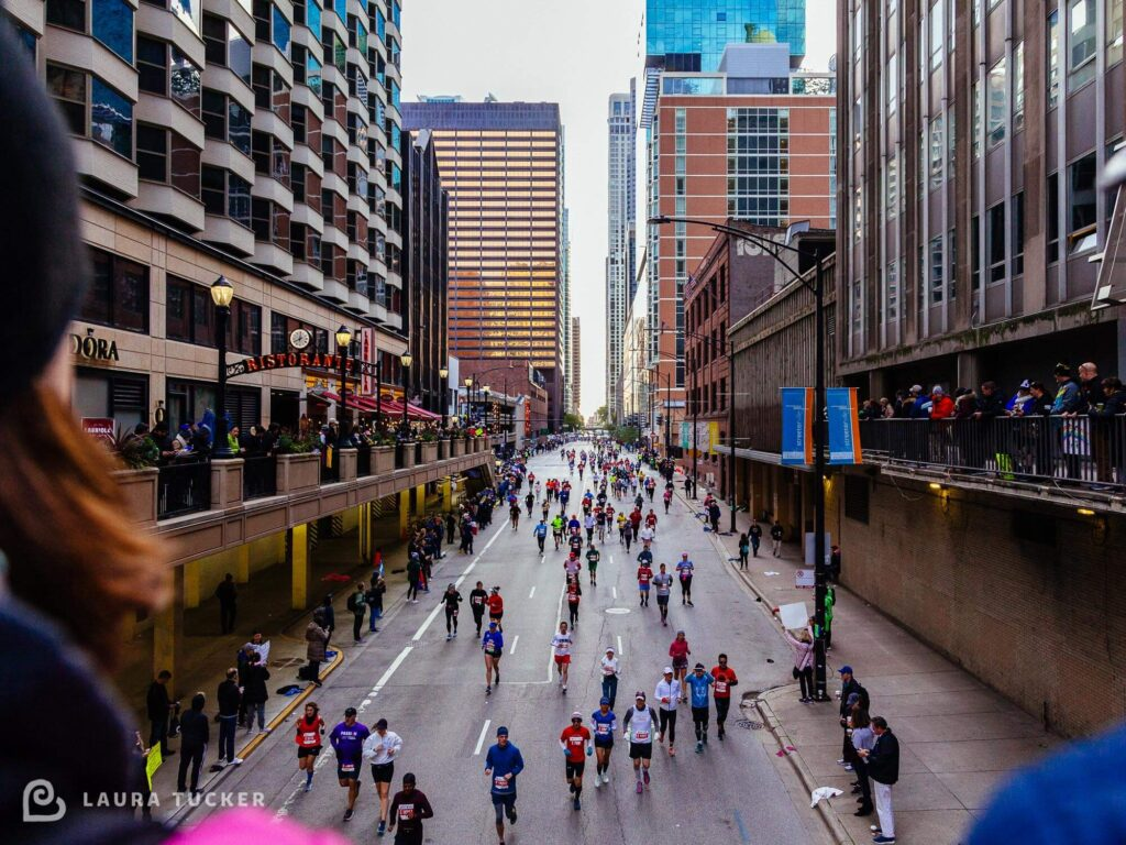 Staggered Effort Laura Tucker Daily Letter - Photo of Chicago Marathon 2019